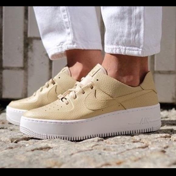 Nike Air Force 1 Sage Low NWT